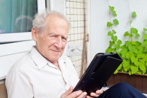 Welche Vorteile haben seniorengerechte PCs und Laptops?