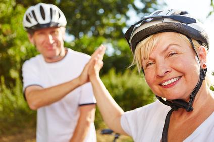 Radfahren lernen mit dem Seniorenfahrrad mit drei Rädern