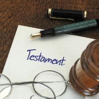 Muss das Testament eigenhändig geschrieben sein?