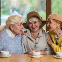 Freunde finden im Alter: So klappt es