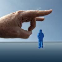 Kündigung mit über 60: Wie lange bekommt man Arbeitslosengeld?